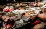Frühstückseinladungen in Kirgistan - immer mit Vodka zum runterspülen